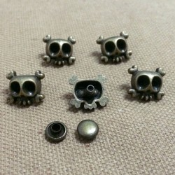 Skull Crossbone 13X12mm Bronze Rivets - 10 pack