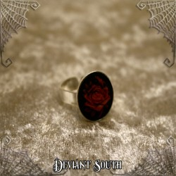 Deviant South 'A Thorn's Kiss' Red Rose Cameo Ring