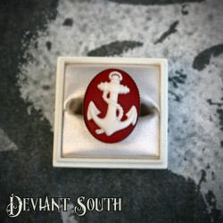 Deviant South Anchor Cameo Silver Ring - Medium Cameo (25x18mm) - Red & White
