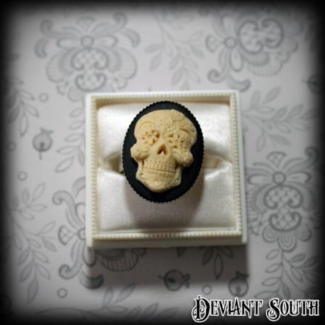 Sugar Skull Cameo Silver Ring - Medium Cameo (25x18mm)