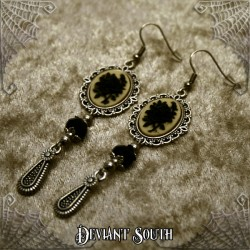 Deviant South 'A Thorn's Kiss' Black Rose Cameo Earrings (pair)