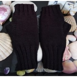 Kynthia's Purls Black Stretch Fingerless Gloves - pair